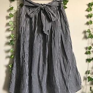 Black and white gingham plaid skirt